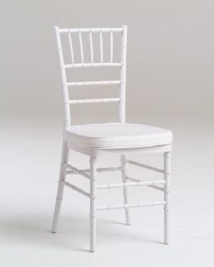 84f2db417aa5 Prenájom - biele chiavari stoličky